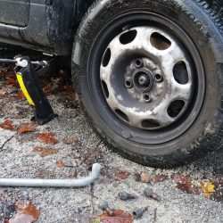 Flat-tire-on-jack